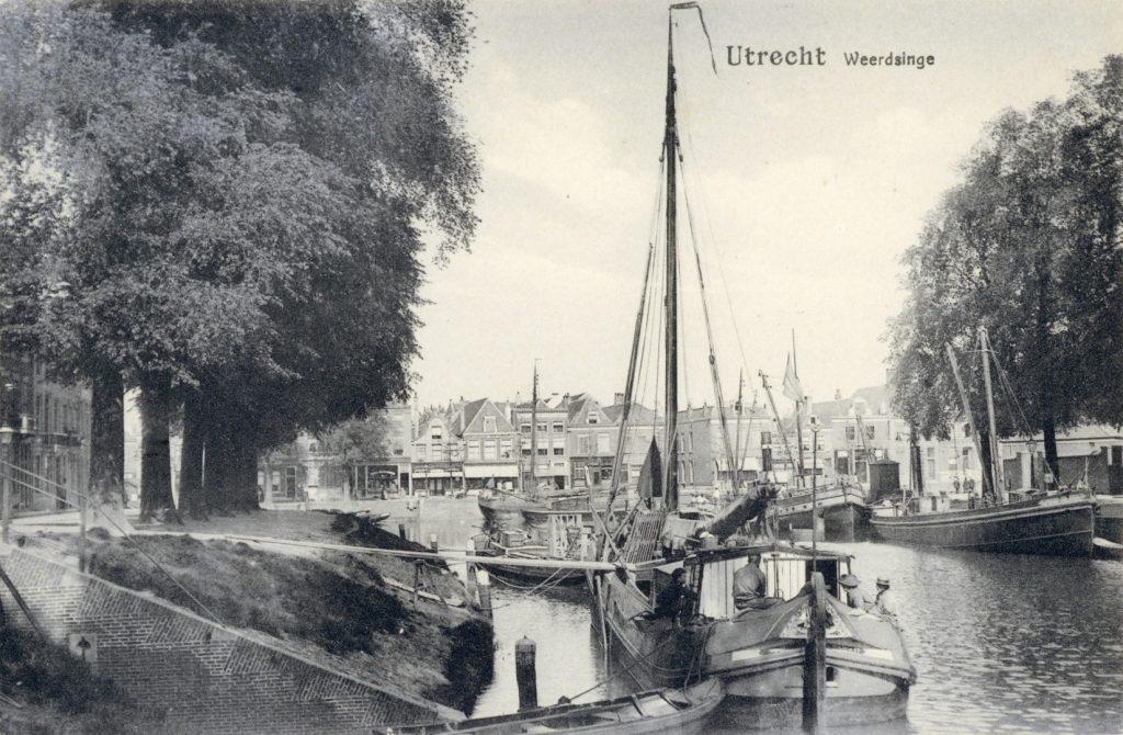 Gezicht op de Stadsbuitengracht te Utrecht 1890 1905 - 2066 collectie Het Utrechts Archief (Groot)